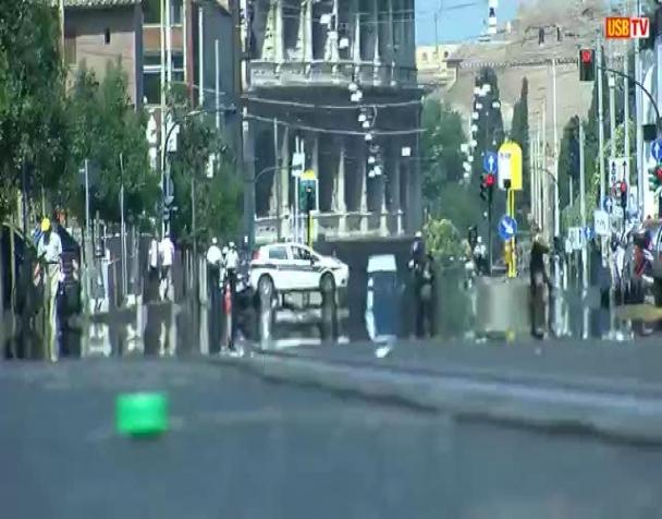 roma-27-giugno-2012-protesta-contro-montifornero-agli-stati-generali-di-alemanno