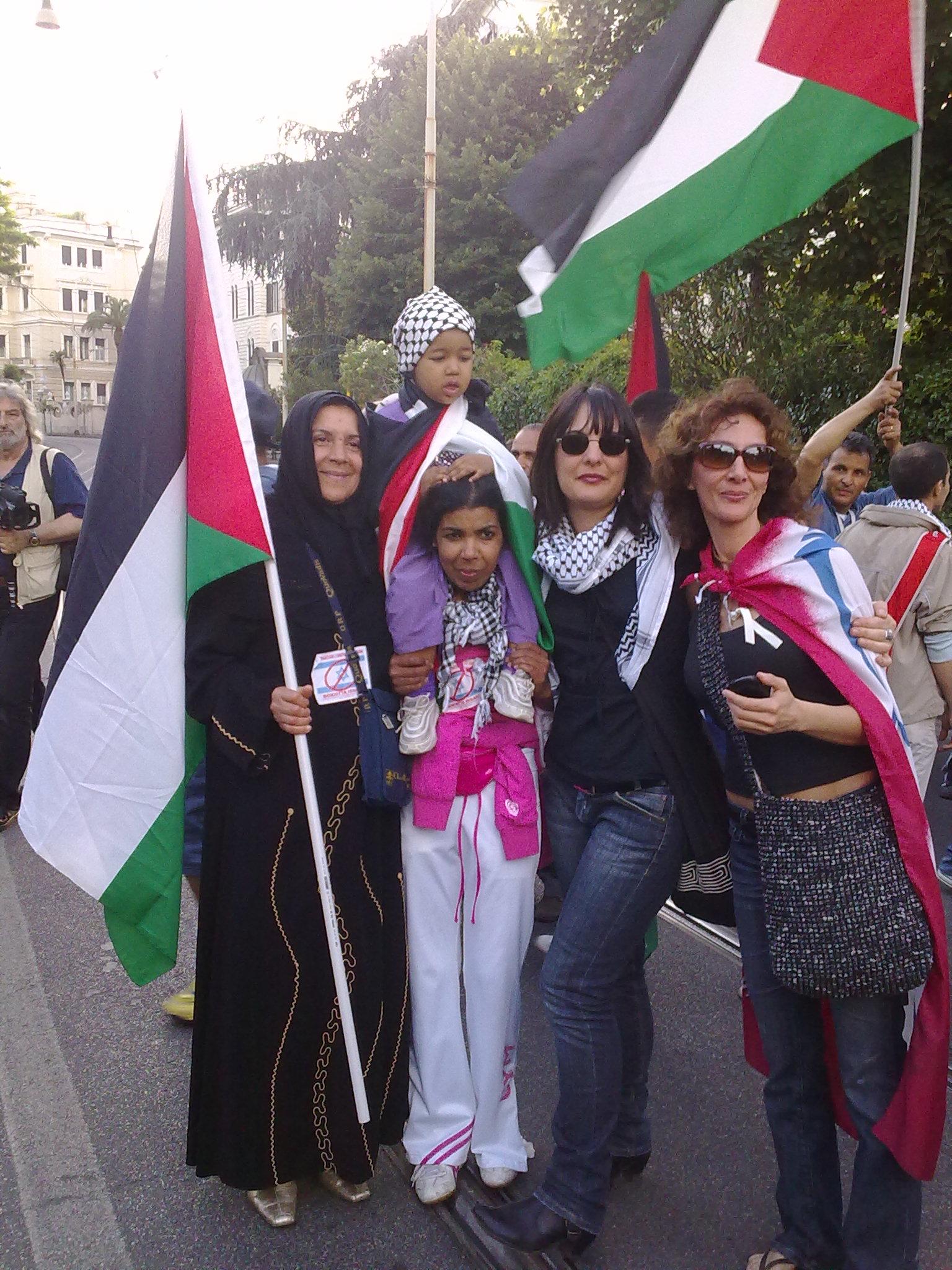Sit in daanti Ambasciata Israeliana per la Palestina