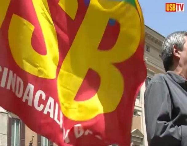 p-a-i-lavoratori-pubblici-assediano-palazzo-vidoni