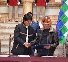 Bolivia: nuova legge obbligherà imprese straniere a investire i propri utili nel paese.