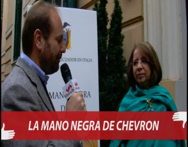 la-mano-nera-della-chevron-ecuador