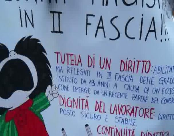 maestro-precario-presenta-denunzia-milano-28-03-2014