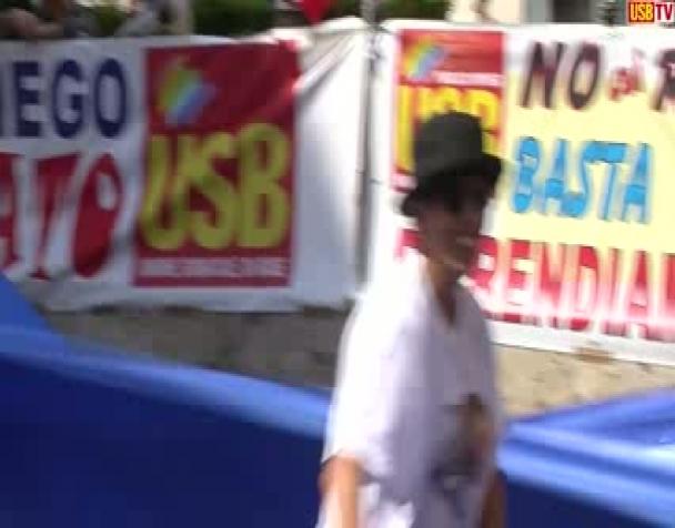 usb-presidio-in-parlamento-contro-gli-squali-di-renzi