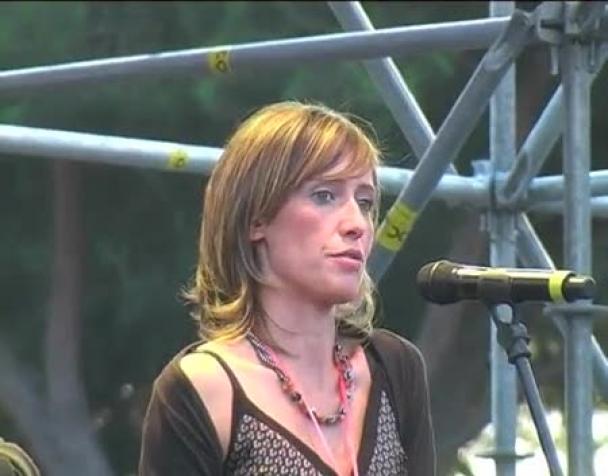 ilaria-cucchi-sul-palco-del-nobday2