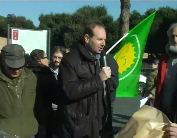 vaticano-sfratta-i-contadini