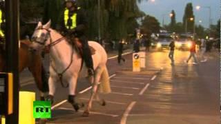 fresh-video-of-london-riots-crowd-street-rampage