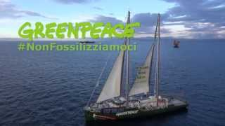 greenpeace-la-rainbow-warrior-in-azione-stop-alle-trivellazioni-nei-mari-italiani