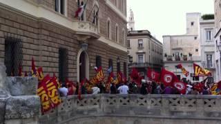 lecce-6-settembre-2011-sciopero-generale-e-assalto-alla-banca-ditalia