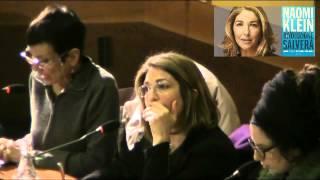naomi-klein-brani-della-conferenza-a-roma-una-rivoluzione-ci-salvera