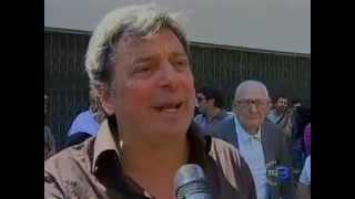 napoli-11-maggio-2012-presidio-a-equitalia-la-polizia-carica-tg3
