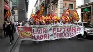 roma-1-luglio-2011-contro-la-manovra-blitz-usb-in-centro