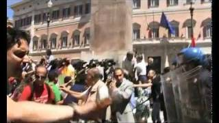 roma-22-giugno-2011-ai-precari-il-governo-risponde-col-manganello-il-fatto