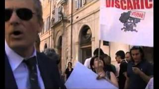 roma-28-giugno-2011-rifiuti-napoli-lindignazione-arriva-a-montecitorio-il-fatto