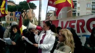 roma-30-marzo-intervento-presidio-lavoratori-omnia