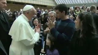 udienza-papale-con-sordi-e-ciechi-versione-integrale-con-sottotitoli