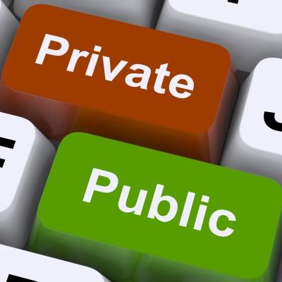 La privatizzazione, non più strisciante, dei servizi pubblici